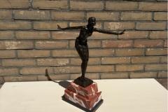 bronzen art nouveau staande vrouw