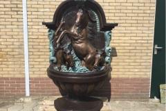 bronzen paarden fontein
