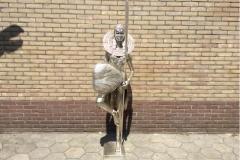 Bronzen masai speciaal gepatineerd